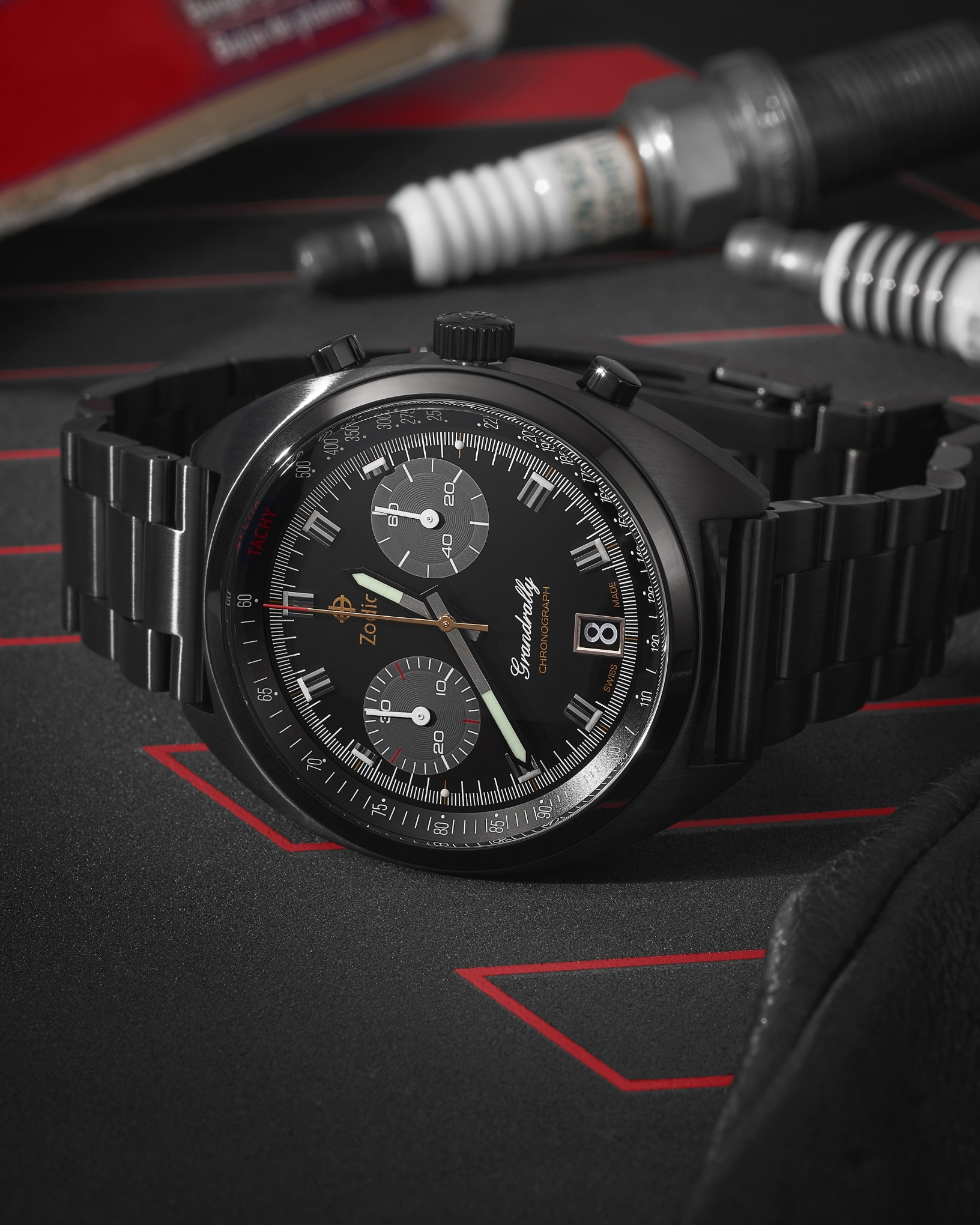A Grandrally in black-plated stainless steel